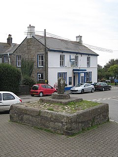 Stone cross in St Buryan - geograph.org.uk - 966466.jpg