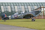 Supermarine Spitfire T.9 'SM520 - KJ-I' (G-ILDA) (40122297441).jpg
