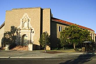 Texas Tech University College of Arts & Sciences - Image: TTU Holden Hall