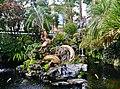 Taipeh Longshan-Tempel Erster Hof Garten 2.jpg