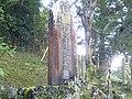Tanna tunnel martyr's cenotaph 02.jpg
