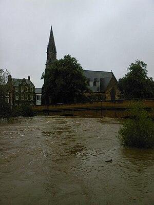 2008 Morpeth floods - Image: Telford Bridge 6 September 2008