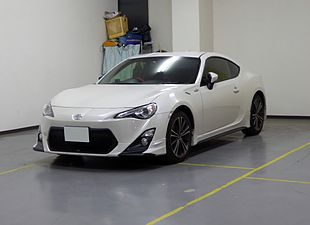 The frontview of Toyota 86 GT (ZN6) with TRD parts.JPG