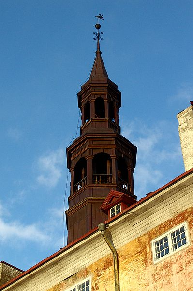 Файл:The tower of Narva Town Hall.jpg