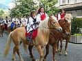 Tirolesi su cavalli.jpg