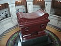 Tomb of Napoleon, 18 July 2005.jpg