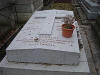 Tombe de Marie-Nicolas BOUILLET - Cimetière Montmartre.jpeg