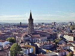 Toulouse - View on Saint Sernin.jpg