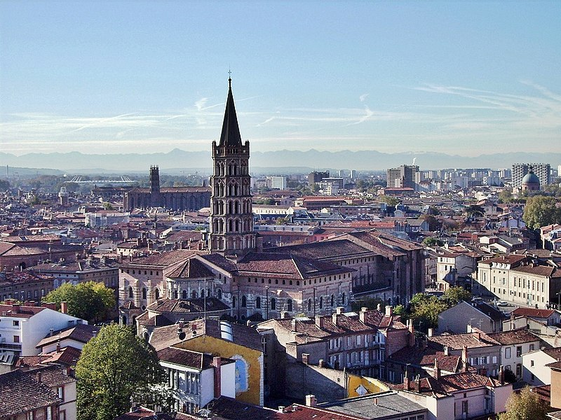 File:Toulouse - View on Saint Sernin.jpg