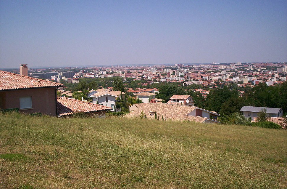 Toulouse from Pech David 2