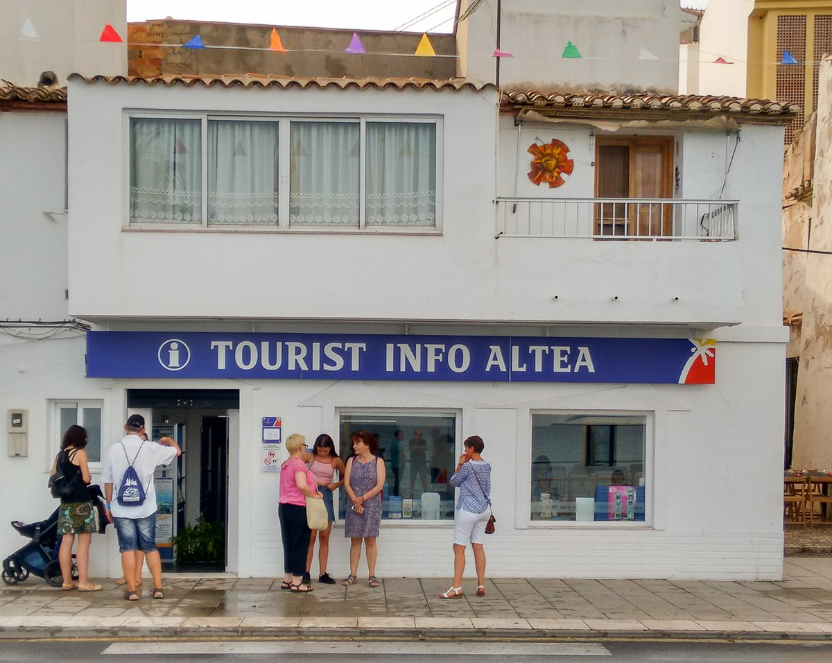 Altea Travel guide at Wikivoyage