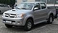 Toyota Hilux Double Cab 3.0 D-4D front.jpg