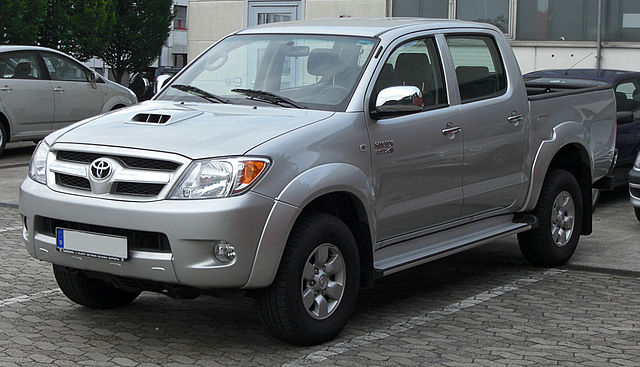 Hilux (AN10) - Toyota
