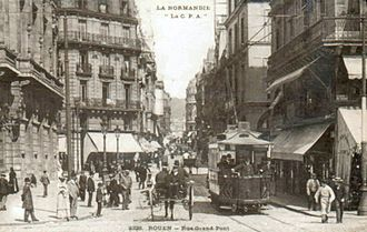 Trams in Rouen - Rouen tram on the Rue Grand-Pont
