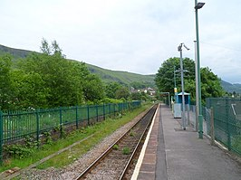 Troedyrhiw railway station - geograph.org.uk - 2995478.jpg