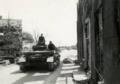 Tweede Wereldoorlog, meidagen 1940 Nederland. Een Duitse tank op weg naar de stellingen bij de Grebbeberg.png
