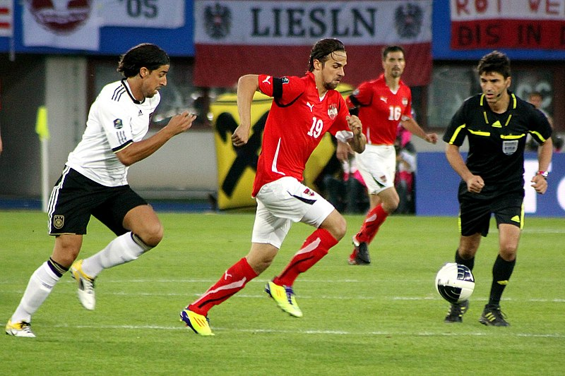 File:UEFA Euro 2012 qualifying - Austria vs Germany 2011-06-03 (02).jpg