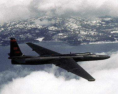 A U-2 reconnaissance aircraft in flight US Air Force U-2 (2139646280).jpg