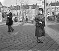 Uniformen voor verkeersassistenten bij de Amsterdamse politie, verkeersassistent, Bestanddeelnr 911-9823.jpg