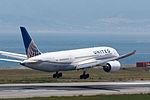 United Airlines, B787-8 Dreamliner, N26906 (17818496653).jpg