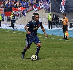 Universidad de Chile - Colo-Colo, 2018-04-15 - Lorenzo Reyes - 02.jpg