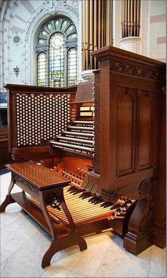 Organ console - Image: Usnaconsole