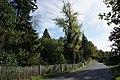 Všestary (u Říčan) - Strančická ulice na severozápadním okraji zahrady bývalé Schnöblingovy vily (1).jpg