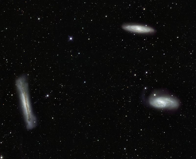 VST%27s view of the Leo Triplet and beyond.jpg