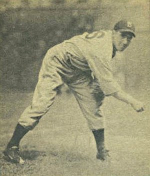 Van Lingle Mungo - Image: Van Lingle Mungo 1940 Play Ball card