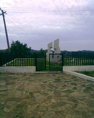 Ibrahim Kodra - Ibrahim Kodra tomb in Ishëm.