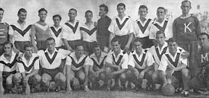 Club Atlético Vélez Sarsfield - The 1943 team that won the Primera B title and returned to Primera División.