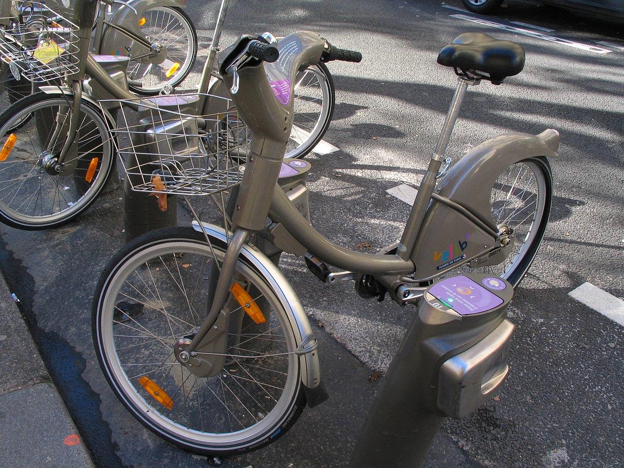 Vélib' - Paris - Vélo - Gratuit - Déplacements - Pédaler - Ville - SchoolMouv - Géographie - CM2