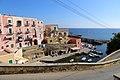 Ventotene, insenatura del porto antico 04.jpg