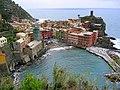 Vernazza, Italy (2115095007).jpg