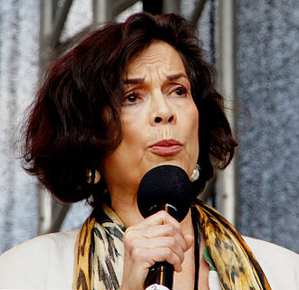 Bianca Jagger - B. Jagger engaging for human rights in Tibet, Vienna 2012.