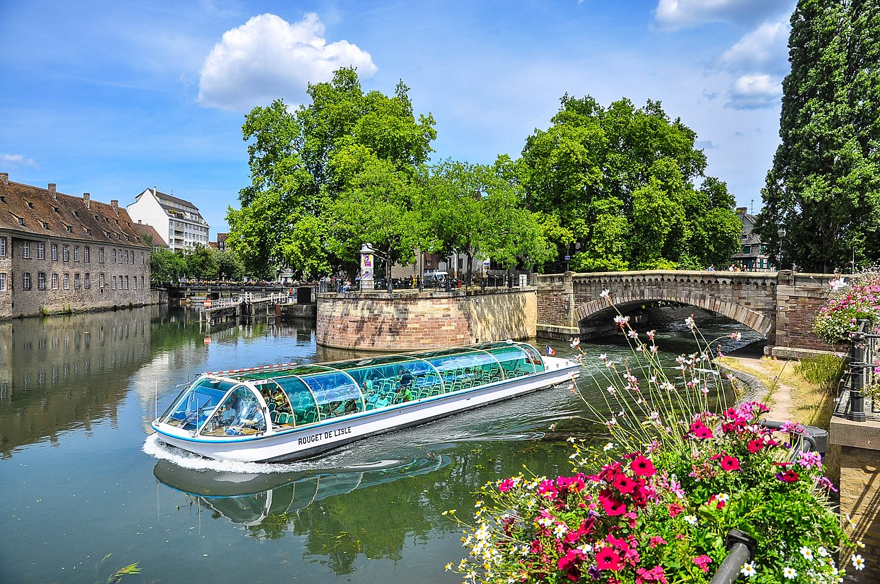 fichier view on strasbourg  france  river jpg  u2014 wikip u00e9dia