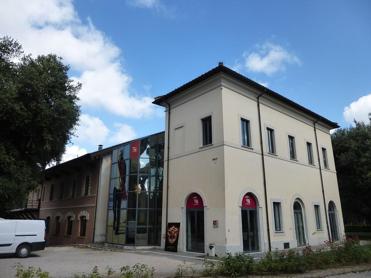 Casa del cinema wikipedia for Casa la villa