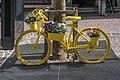 Villach Innenstadt 10.-Oktober Straße 4 gelbes Fahrrad 23042021 0859.jpg