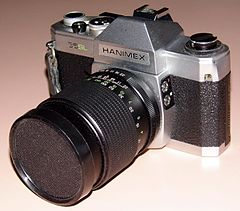 Vintage Hanimex 35mm SLR Film Camera, Model 35-SL, Made In Japan (13541527895).jpg