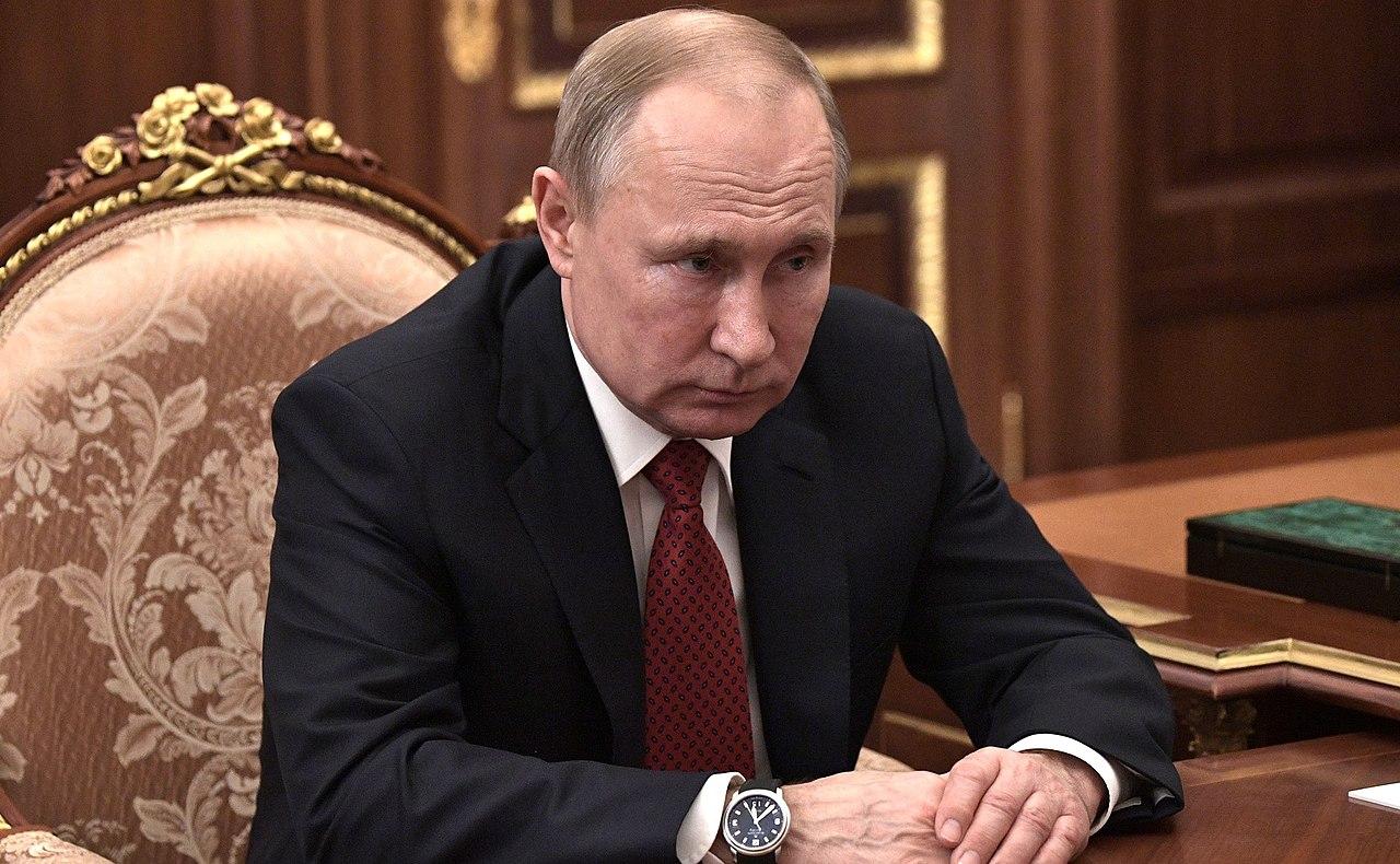 Vladimir Putin with Mikhail Mishustin (2020-01-15) 03.jpg