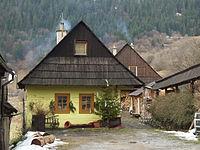 Vlkolínec - houses.JPG