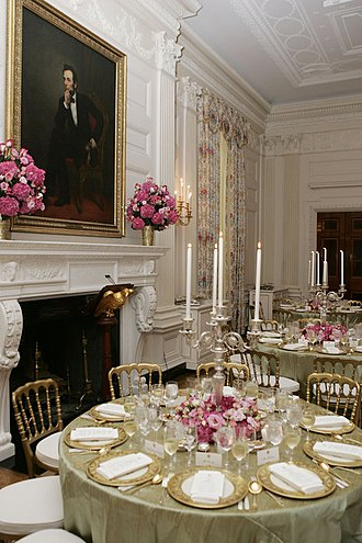 State Dining Room of the White House - The State Dining Room after the Clinton renovation, set for a state dinner during the administration of George W. Bush.