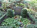 Waldfriedhofdahlem prof arwed blomeyer.jpg