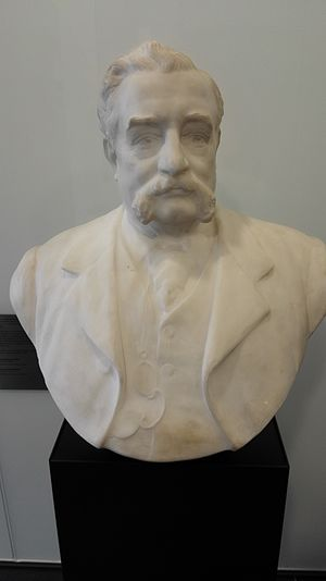 Walter and Eliza Hall Institute of Medical Research - Marble bust of Walter Russell Hall