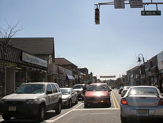 Bergenfield, New Jersey - Bergenfield's main road, Washington Avenue