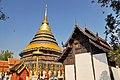 Wat Phra That Lampang Luang (29337638274).jpg