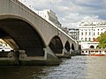 Waterloo Bridge - geograph.org.uk - 986330.jpg