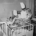 Wereldspaardag, feest in het Emmakinderziekenhuis te Amsterdam, Bestanddeelnr 914-4557.jpg