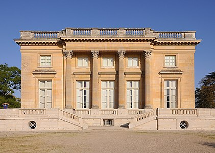 West facade of Petit Trianon 002