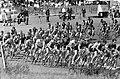Wielrennen circuit op Zandvoort, de renners in de tarzanbocht, Bestanddeelnr 914-1764.jpg